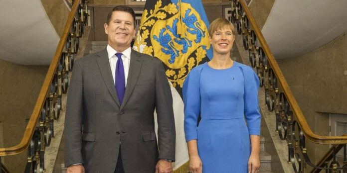 Under Secretary Krach with Estonia's President, Kersti Kaljulaid.