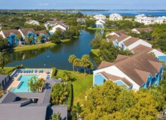 Vista at Palma Sola wins the #1 Top Apartment Complex in Southwest Florida